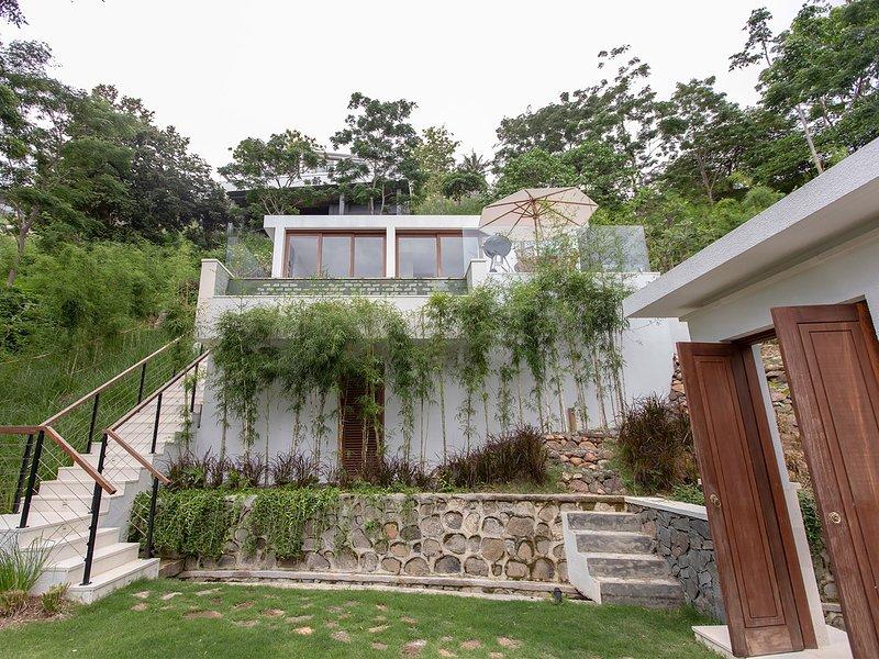 Selong Selo - one-bedroom villa, 1BR, Selong Belanak, holiday rental in Selong Belanak
