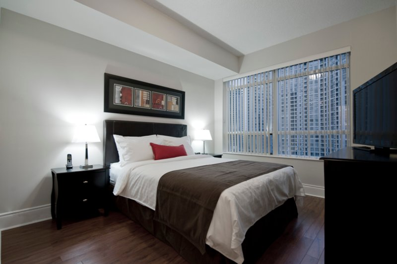 Grand Ovation - 1 Bedroom/1 Bathroom Suite, vacation rental in Mississauga