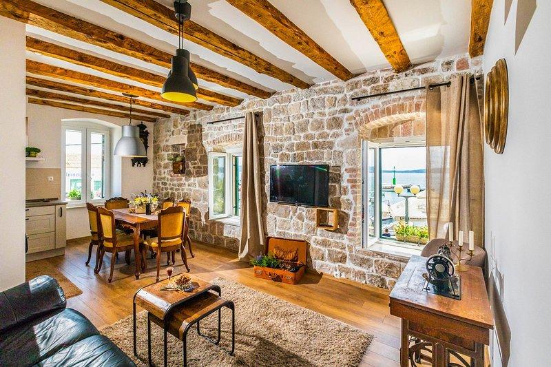 Sea Castle Apartment Gajo, alquiler de vacaciones en Kastel Stari