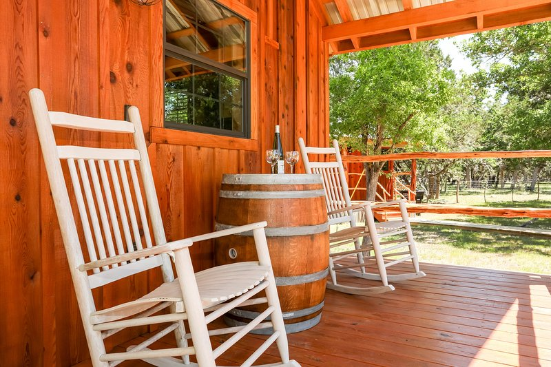 God's Country Cabins - Grace, vacation rental in Fredericksburg
