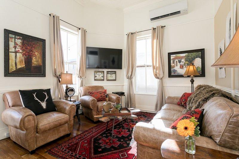 In Town Villas - Suite 2, vacation rental in Fredericksburg