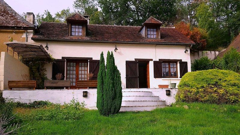 La Paulmyère Gîte au pays des châteaux entre Futuroscope et Zoo de Beauval, holiday rental in Descartes