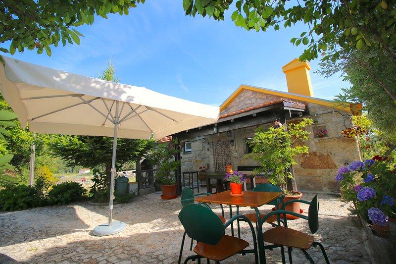 Country house in Caminha with pool, alquiler vacacional en Vilar de Mouros