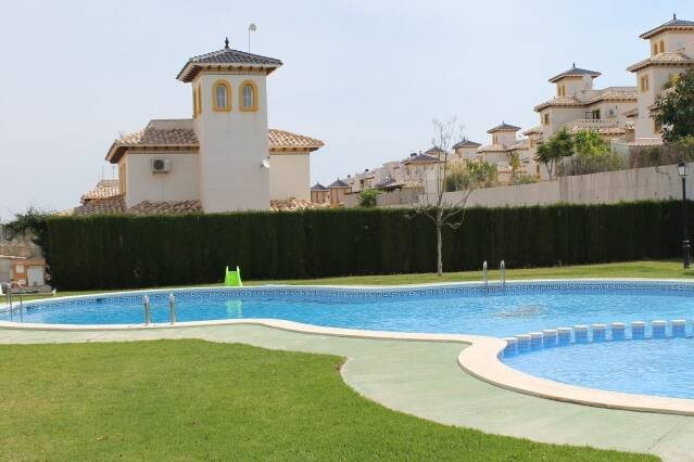 Playa Golf Quad house sleeps 6 & com.  pool P241, vacation rental in Orihuela Costa