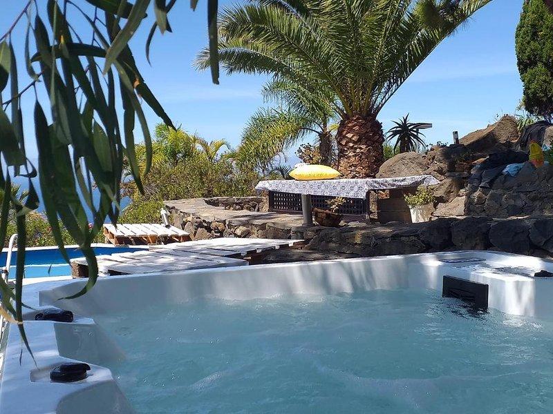 Zen Republic villa vista mar, holiday rental in La Matanza de Acentejo