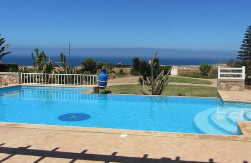 Spacious villa with swimming-pool, vacation rental in Mirleft