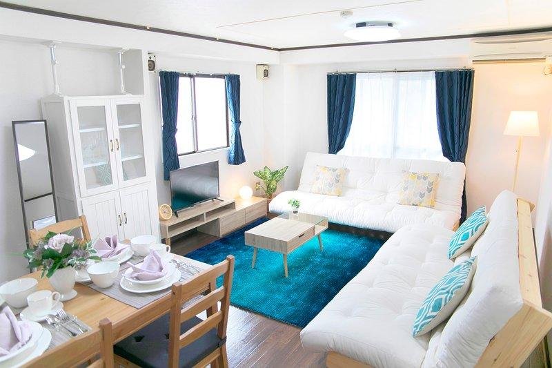 【Tennoji Room F01】2 bed rooms★Osaka Big room★Max12ppl, location de vacances à Sakai