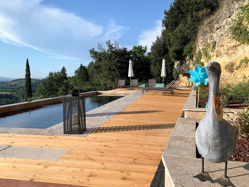 Villa La Coccola - Seductive villa for 8 persons with heated pool and A/C, vakantiewoning in Poggibonsi