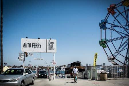 Besök bilfärjan i roliga zonen Balboa!