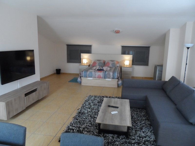 CASA CLIMATIZADA VACACIONAL, holiday rental in Vall de Gallinera