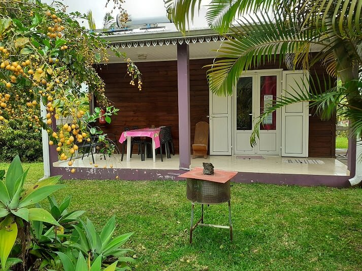 Beautiful house with mountain view, vacation rental in Sainte-Anne
