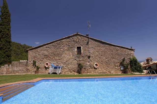 Amazing house with shared pool, holiday rental in Sant Esteve de Llemena