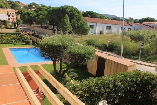 Apartment with shared pool, vacation rental in Albons