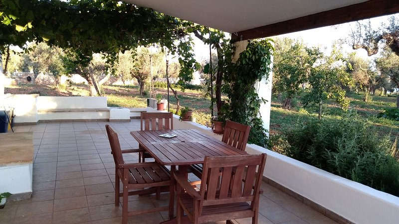 Beautiful apartment in Torre Pali, vacation rental in Torre Pali