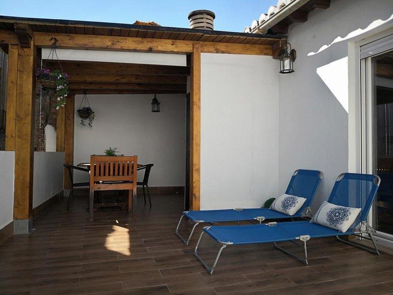 Beautiful apartment in Granada, holiday rental in Puerto-Lopez