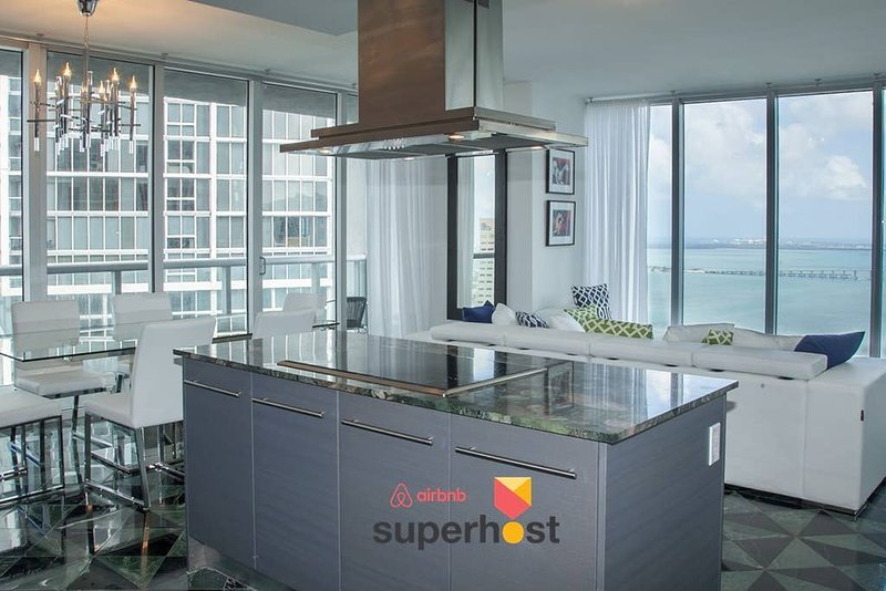 ★Free SPA★Best Views★W Residences★Luxury Design★Top amenities★Icon B, holiday rental in Miami