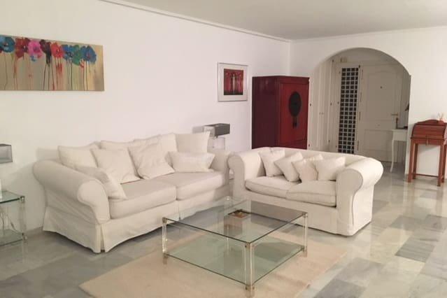 Nice apartment with shared pool, vacation rental in Benamara