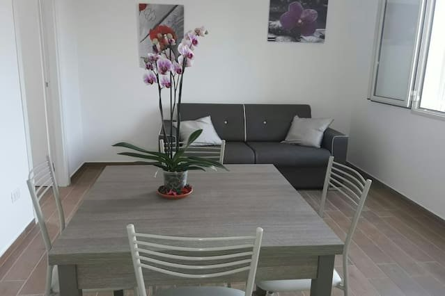 Apartment with swimming-pool, holiday rental in Arenella