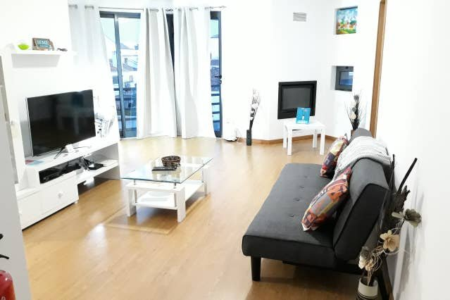 Nice apartment with balcony & Wifi, holiday rental in Relva