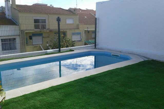 Apartment with shared pool, casa vacanza a Amora