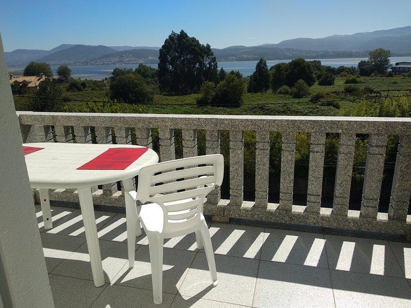 Nice apartment in A Guarda, casa vacanza a O Rosal