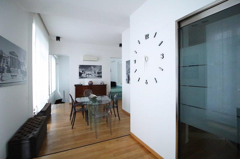 The Gray Suite, holiday rental in Villagrazia di Carini