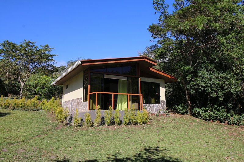 Las Marias Cabin #2, holiday rental in Santa Elena
