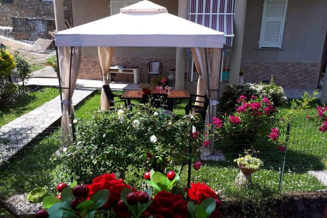 Apartment in Arzagiola, Beverino, holiday rental in Beverino