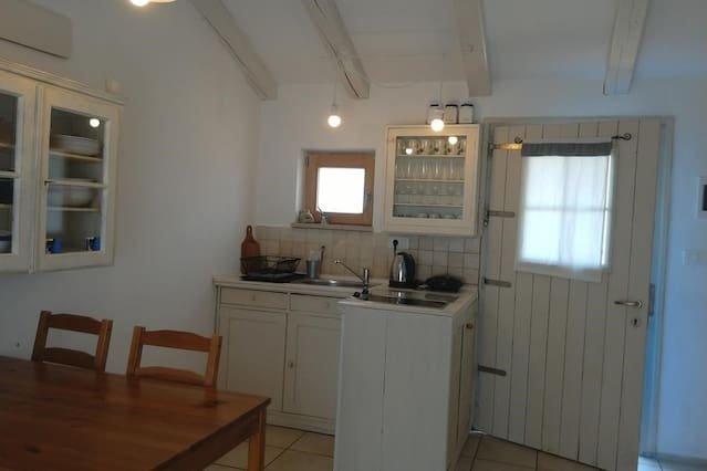 Nice apartment in Zambratija & Wifi, location de vacances à Basanija