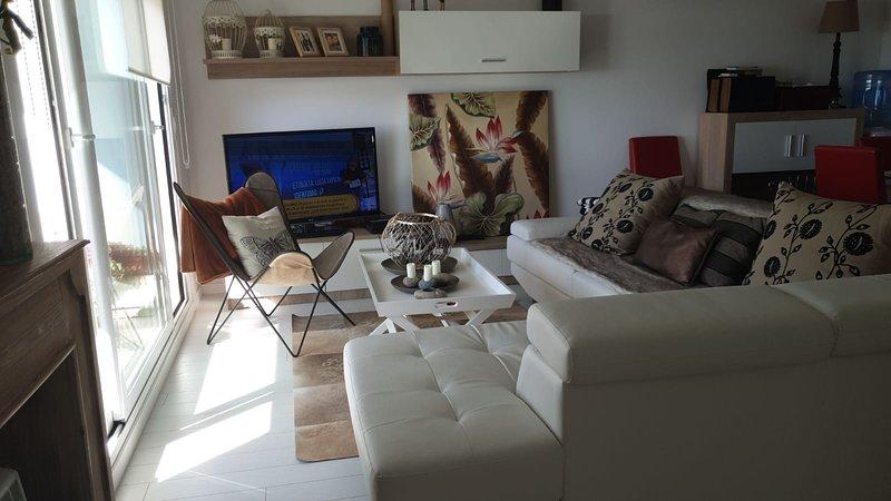 Nice apartment with sea view & Wifi, alquiler de vacaciones en Nigrán