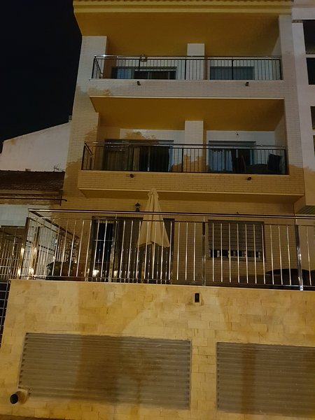 Beautiful apartment with terrace, vacation rental in El Carmoli