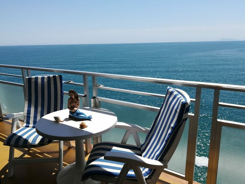 Nice apartment with shared pool, vacation rental in Cullera