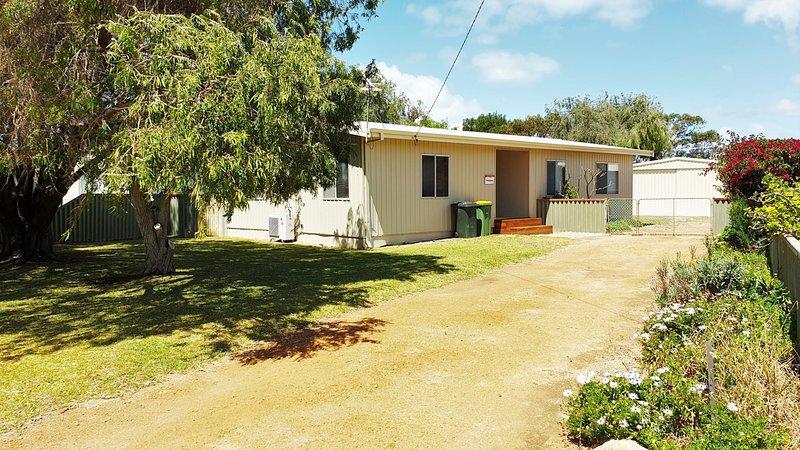 Frangipani Cottage, Jurien Bay, holiday rental in Cervantes