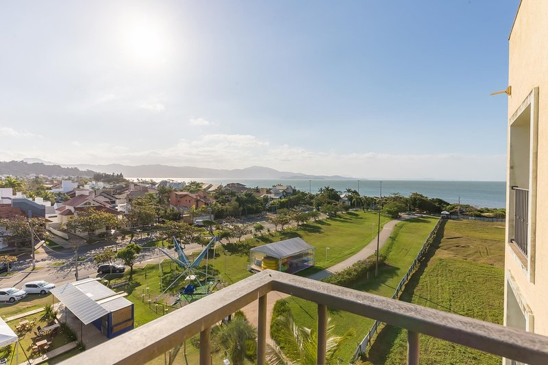 Studio melhor vista mar resort de Jurerê ILC3413, location de vacances à Jurere