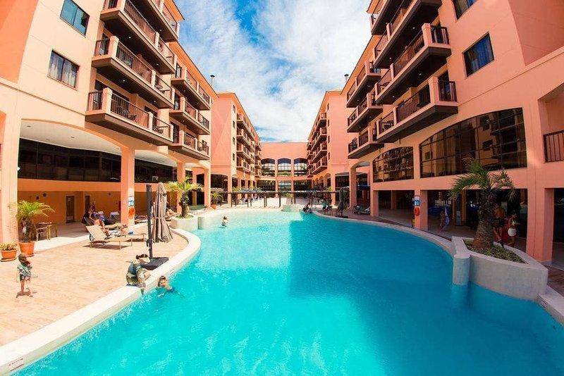 Estúdio vista mar e piscina Resort Pé na Areia JBV134, location de vacances à Jurere