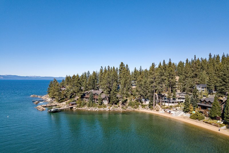 Marla Bay Lakefront Escape