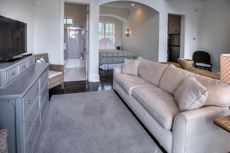 Spanish Town Carriage House, holiday rental in Rosemary Beach