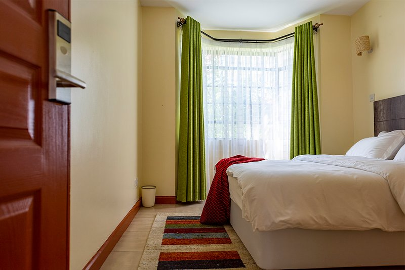 Orak staycation, 10 min from JKIA & SGR  -perfect for layovers, holiday rental in Mlolongo