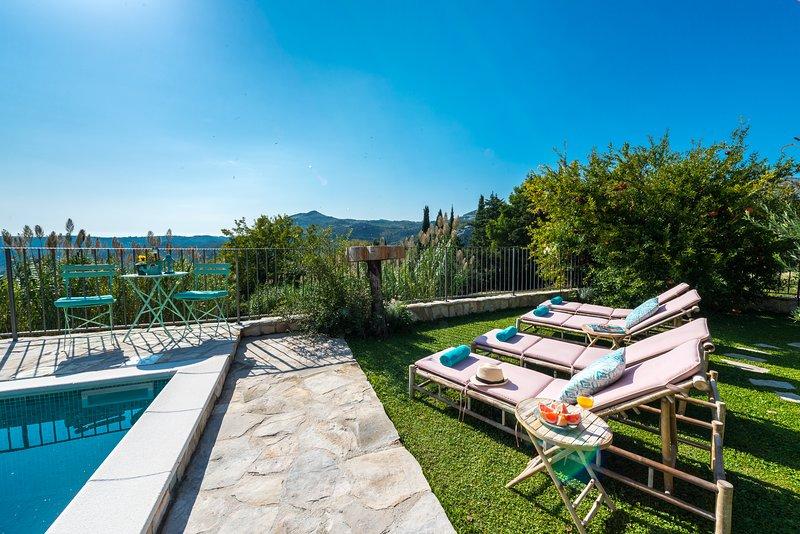 Rustic Stone Villa Begovi Dvori, holiday rental in Dubrovnik