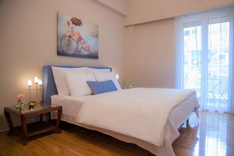 Desfrute de um colchão de alta qualidade e escolha entre uma ampla variedade de travesseiros para seu conforto!