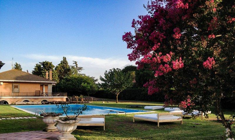 Villa Elena, Ferienwohnung in Castel Romano