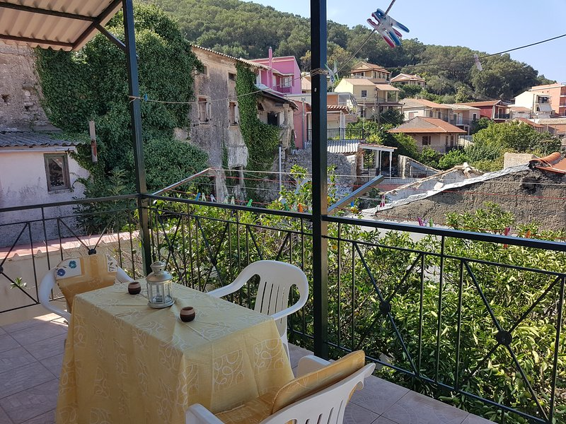 Apartment with amazing view, holiday rental in Agios Matheos
