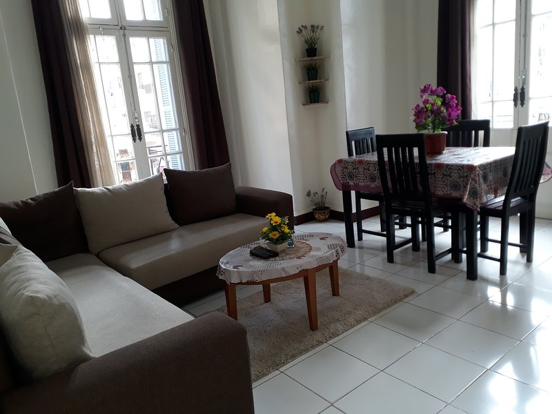 Casa de Lydia (modern), holiday rental in Casablanca