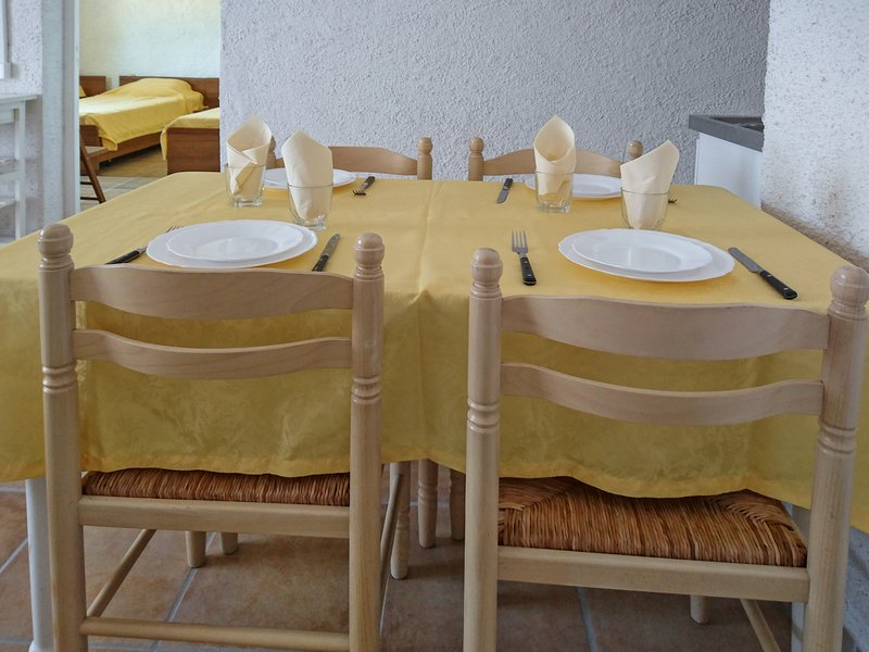 Beautiful apt with sea view & Wifi, vacation rental in Favone