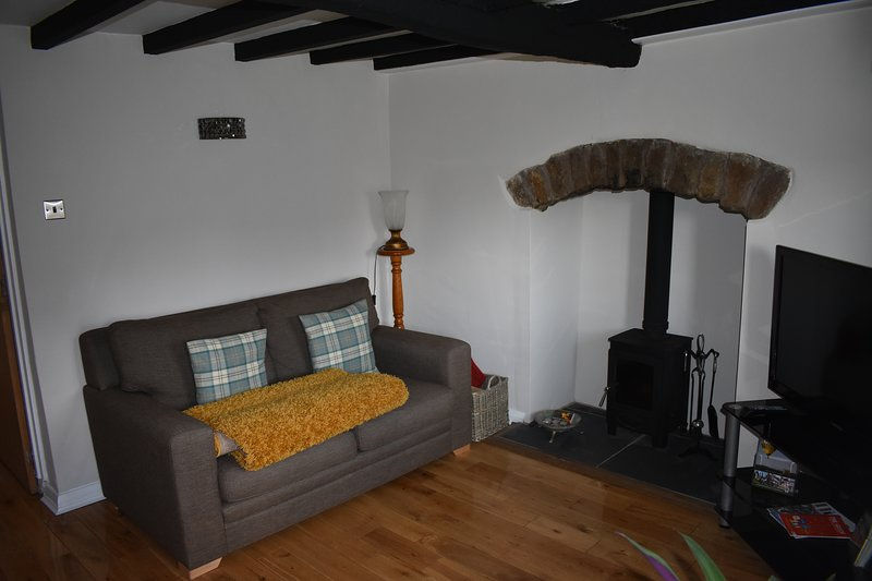 Cross House Cottage, Ferienwohnung in Selattyn