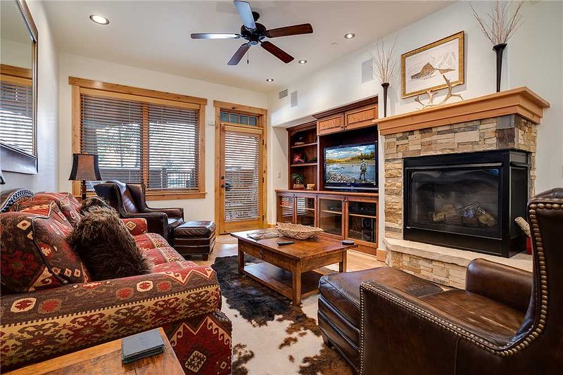 Bear Lodge 6109 - Trappeur's Crossing Resort, holiday rental in Steamboat Springs