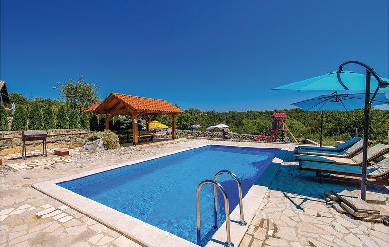 Amazing home in Viskovo with WiFi and 2 Bedrooms (CKO484), alquiler de vacaciones en Marinići