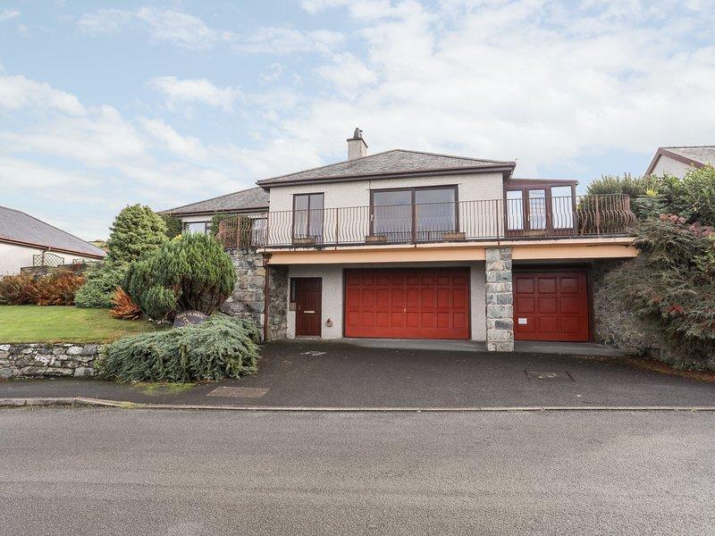 Maes Yr Hebog, Harlech, vacation rental in Llanfair