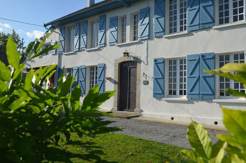 Le Petit Couvent, vacation rental in Mauleon-Licharre