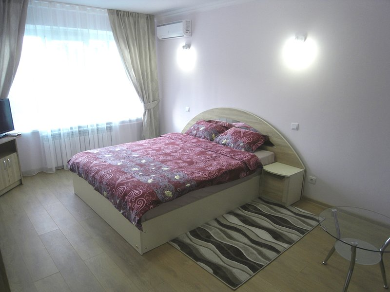Modern Apartment in Chisinau, vacation rental in Chisinau